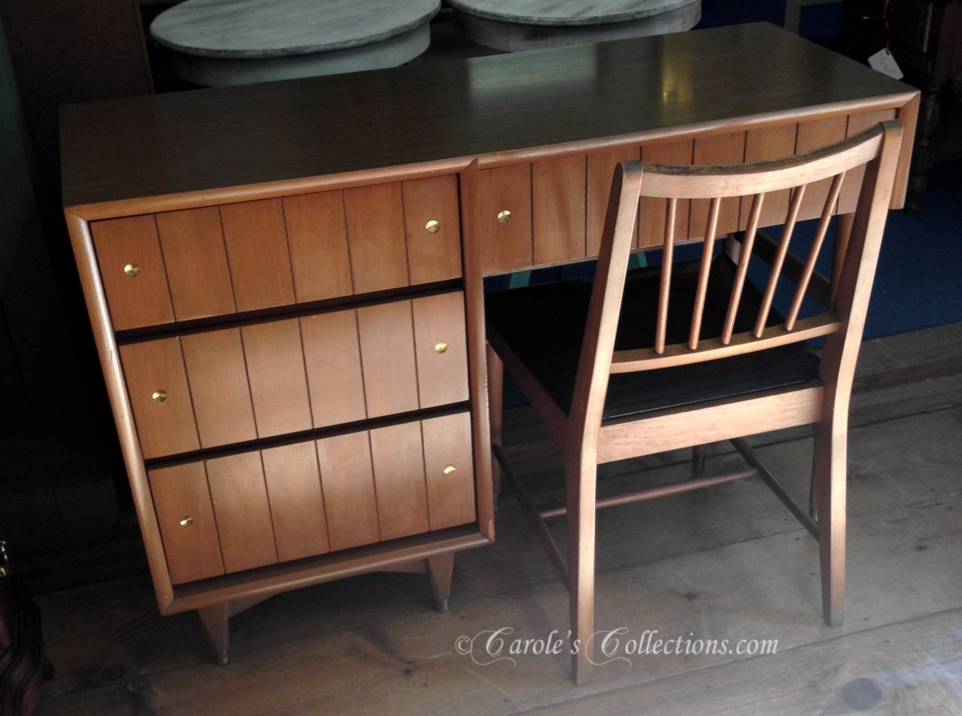 kroehler desk and chair