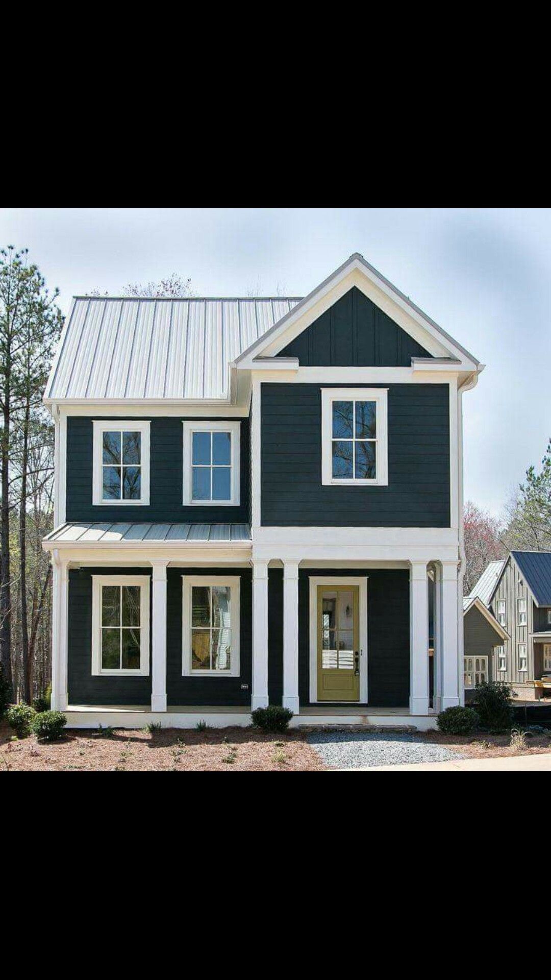 Best I Love This Color With The White Trim White Exterior 400 x 300