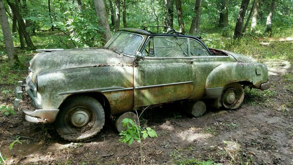 Found In The Wild 49 52 Chevrolet Styleline Http Barnfinds