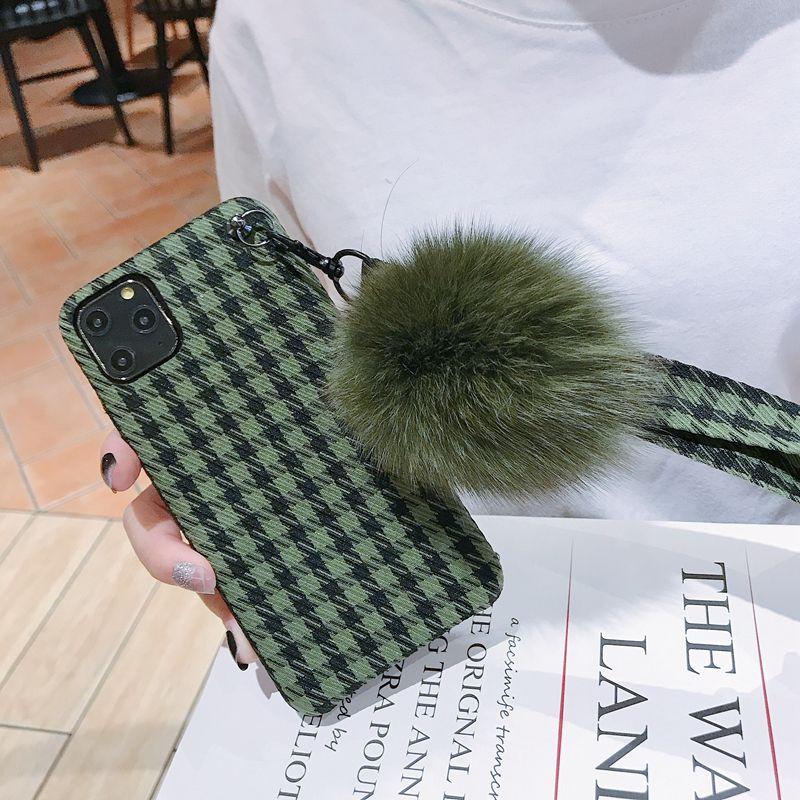 Fluff plaid hair ball iphone 11pro xxrmax 78plus case