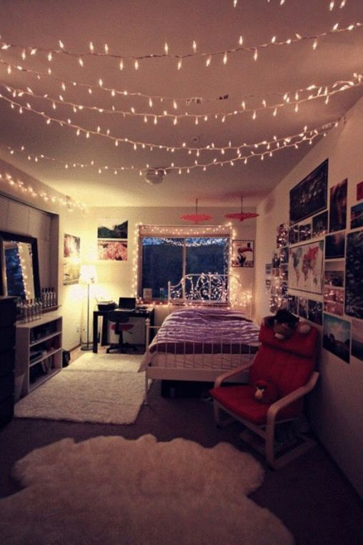 +36 Creative ways Fairy lights bedroom ideas teen room decor - freehomeideas.com #teenroomdecor