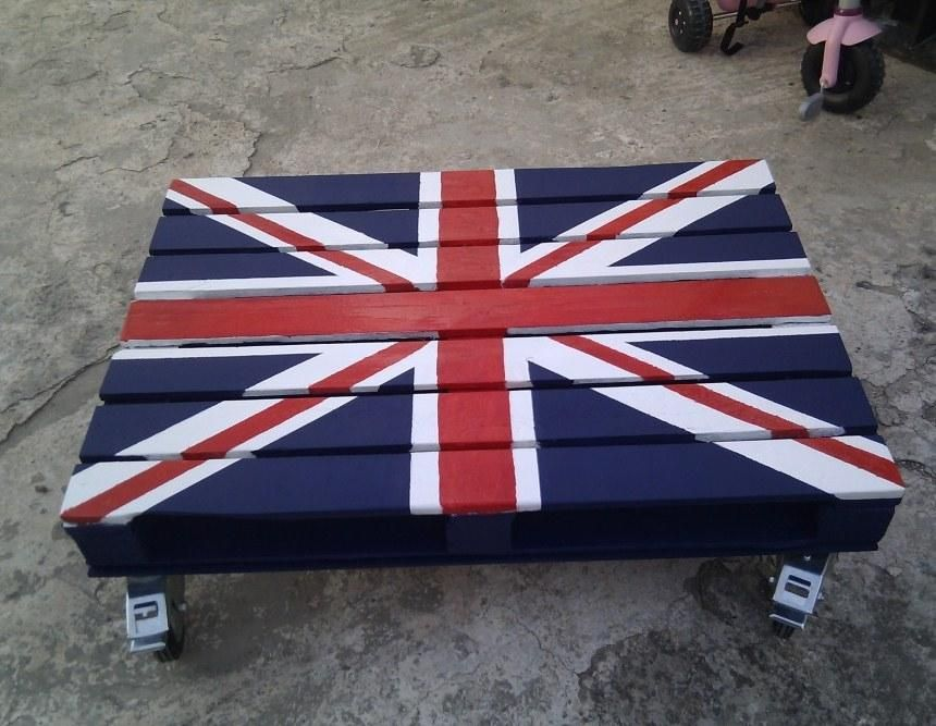 british flag furniture. DIY Furniture: British Flag Pallet Coffee Table Furniture P
