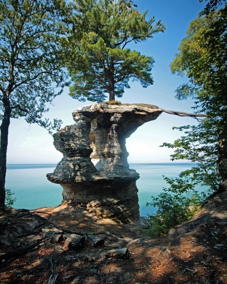 17 places you have to see at pictured rocks national