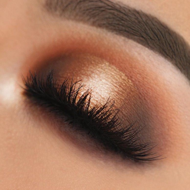 Fabulous eye makeup ideas make your eyes pop - Golden eye makeup #eyemakeup #makeup #eyes #beauty