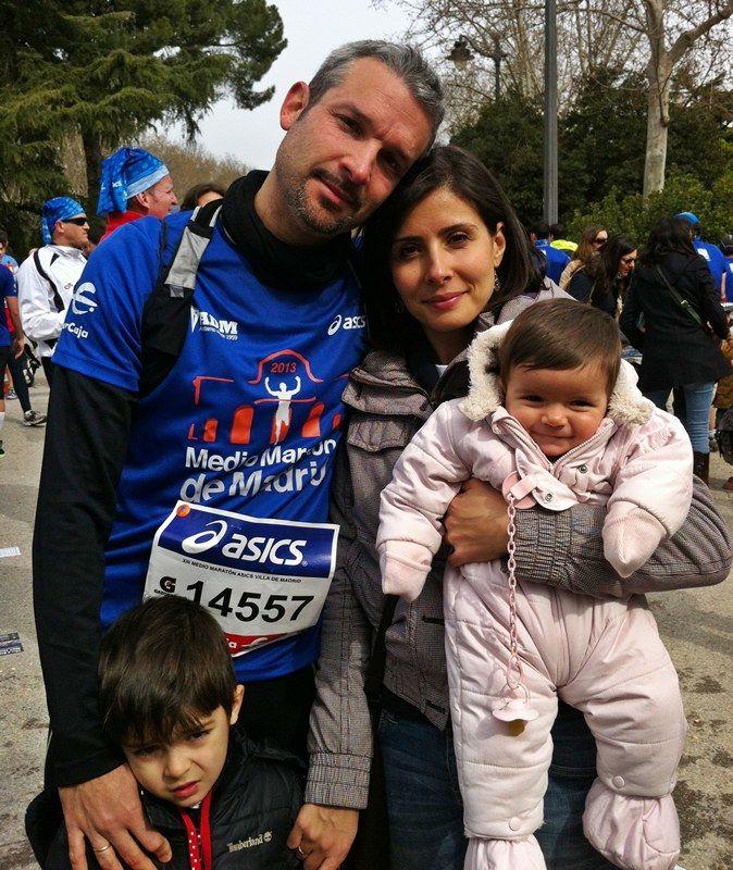 MEDIA MARATÓN DE MADRID (07/04/13). Con mi familia, mi gran apoyo y motivación para correr y superarme día a día.