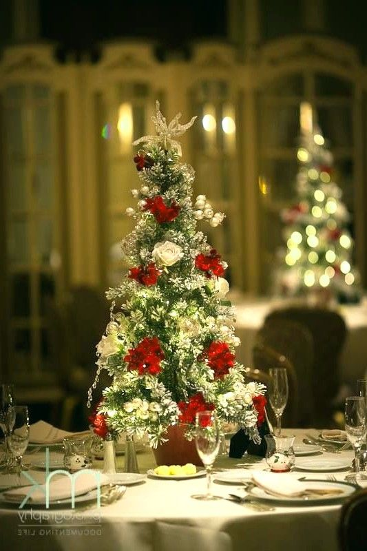 Festive Christmas Wedding Ideas on a Budget \u2013 Ideas for a Christmas