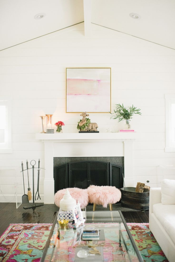 Valentine\'s Day inspired mantel for under $10! | Modern Glam ...