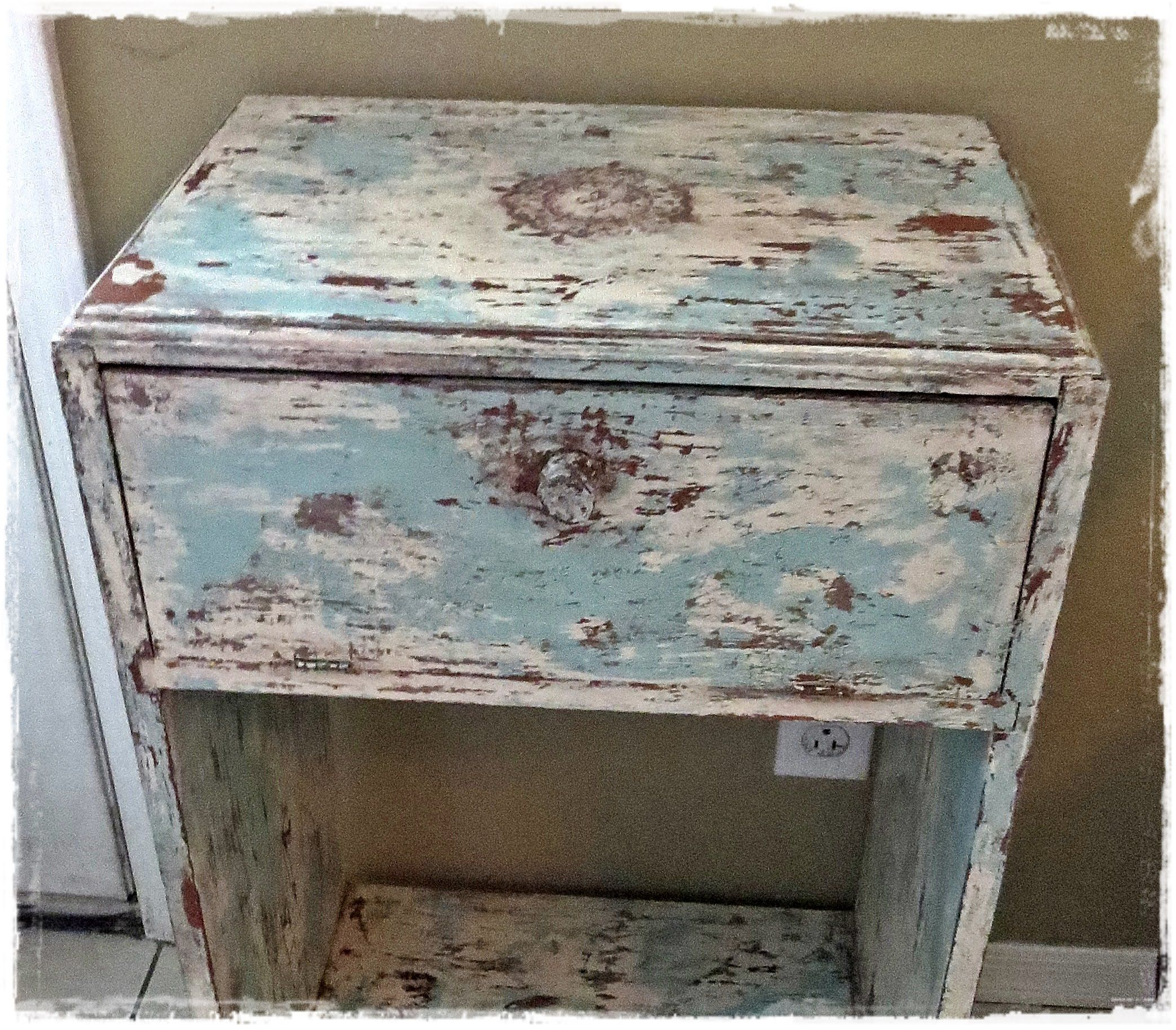 32 DIY Paint Techniques And Recipes Paint Finishes Distressed Painting And