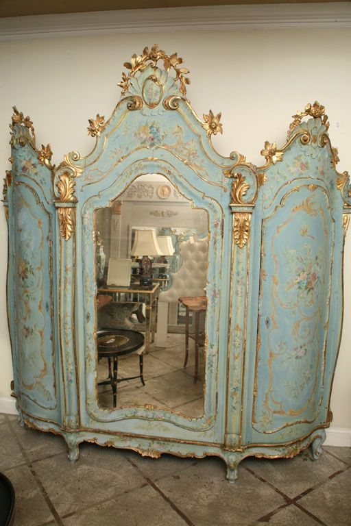 19th Century Venetian Painted Armoire Image 3 Painted