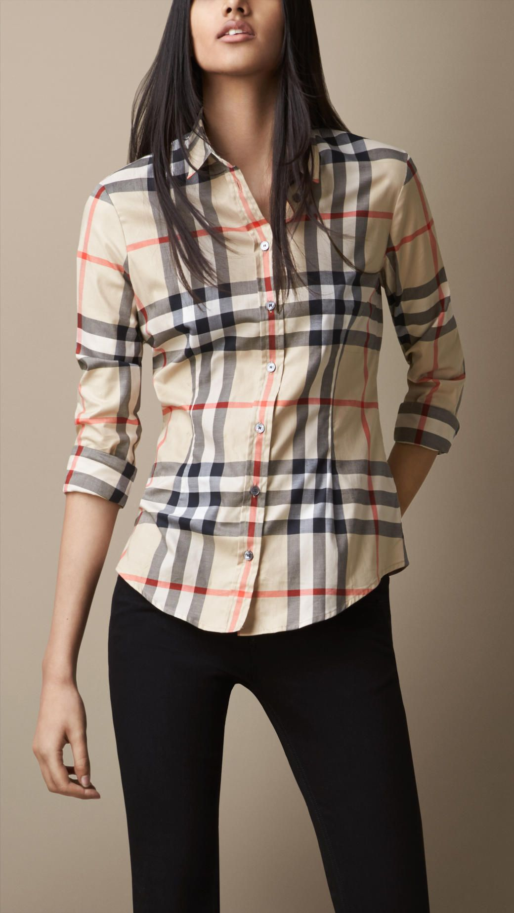 Bluse in Exploded Check | Burberry 250,-- at.burberry.com