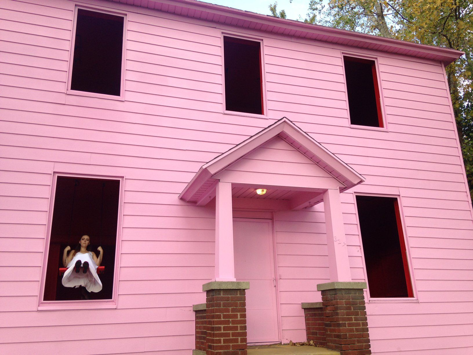 pink house art prize | home and house decor | pinterest