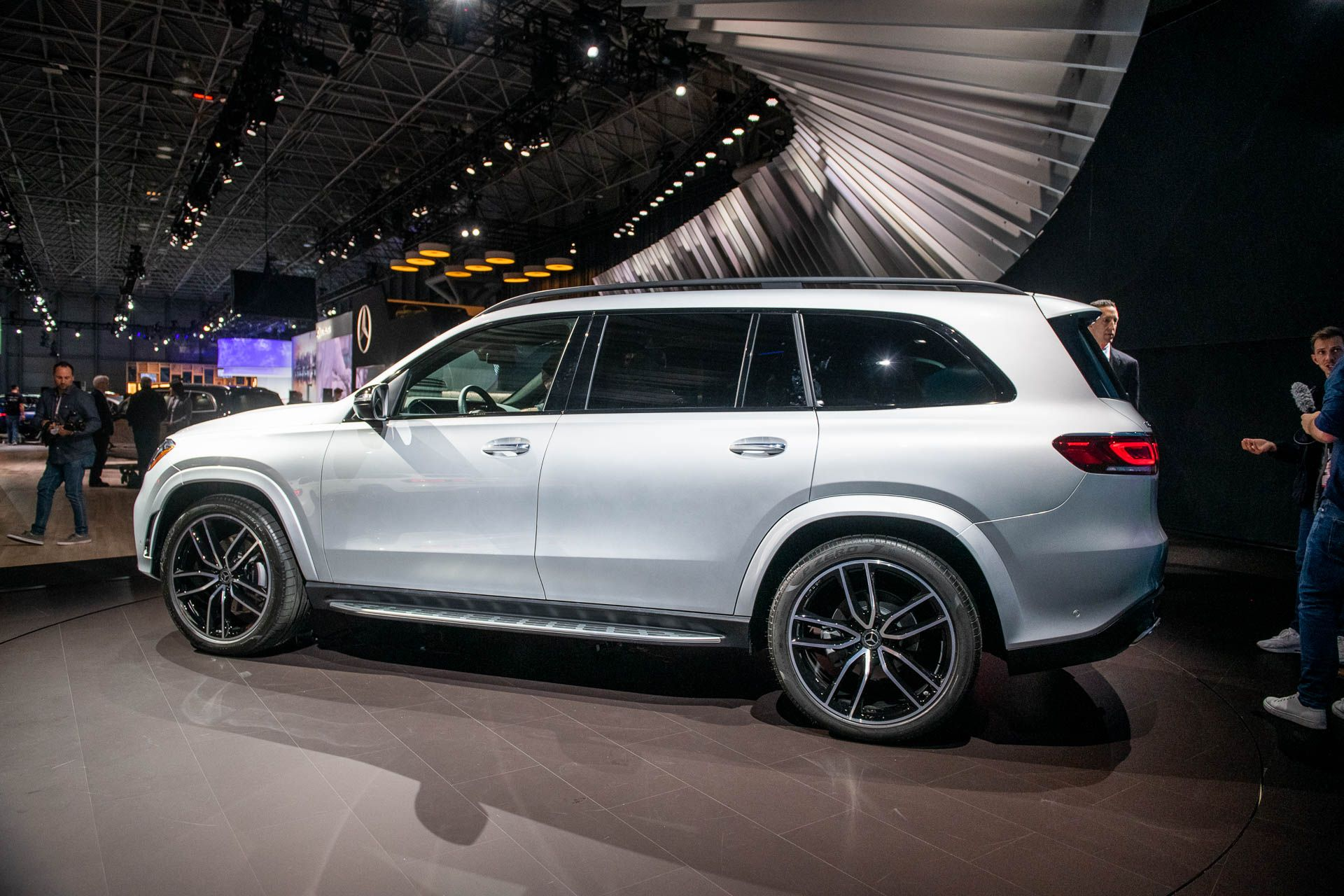 2020 Mercedes Benz Gls Aims To Be The S Class Of Suvs With Images