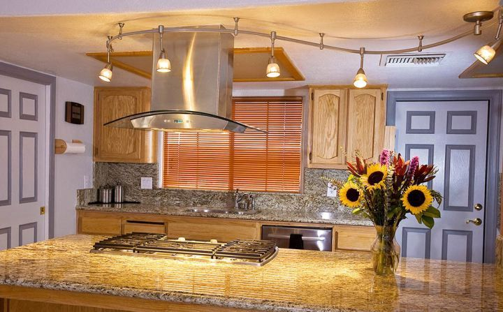 Waved Track Lighting Ideas Above Kitchen Island Kitchen Lighting - Track lighting above kitchen island