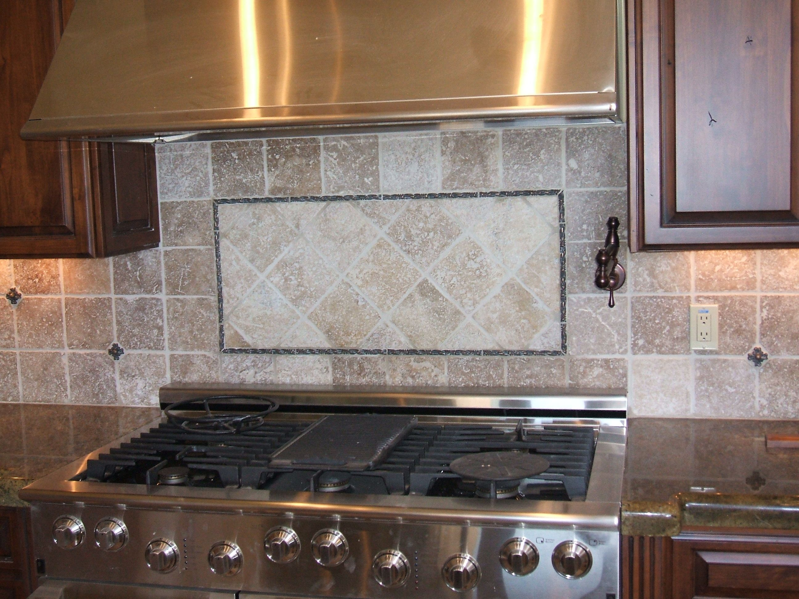 Kitchen Eye Catching Kitchen Backsplash Glass Tile Design Ideas