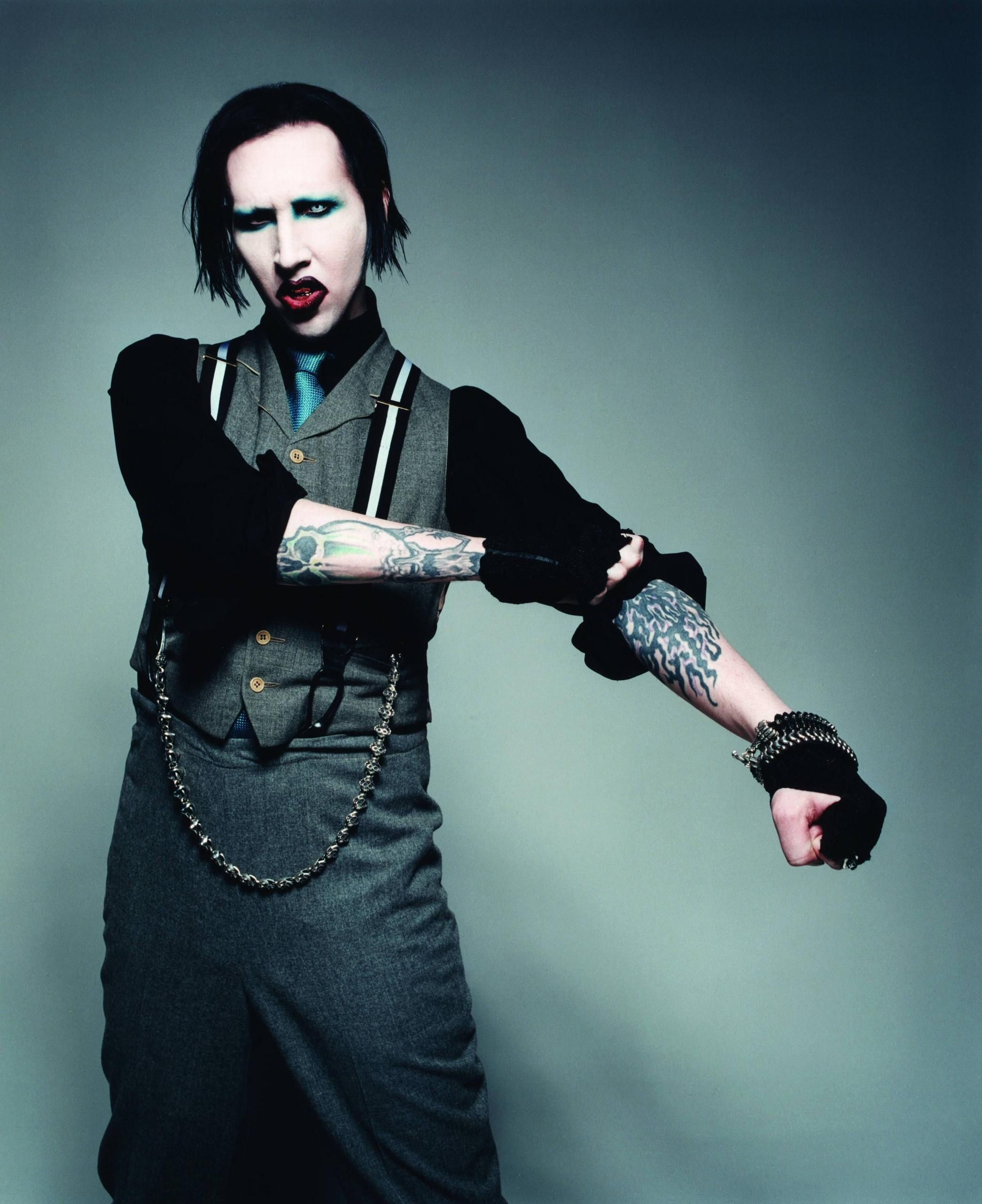 marilyn manson tainted love