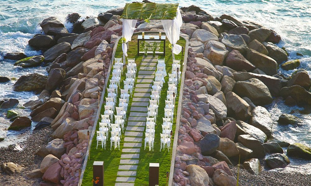 puerto vallarta wedding on the jetty bodas en puerto