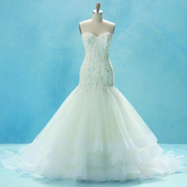 Disney inspired wedding dress- Cinderella <3 | Future | Pinterest ...