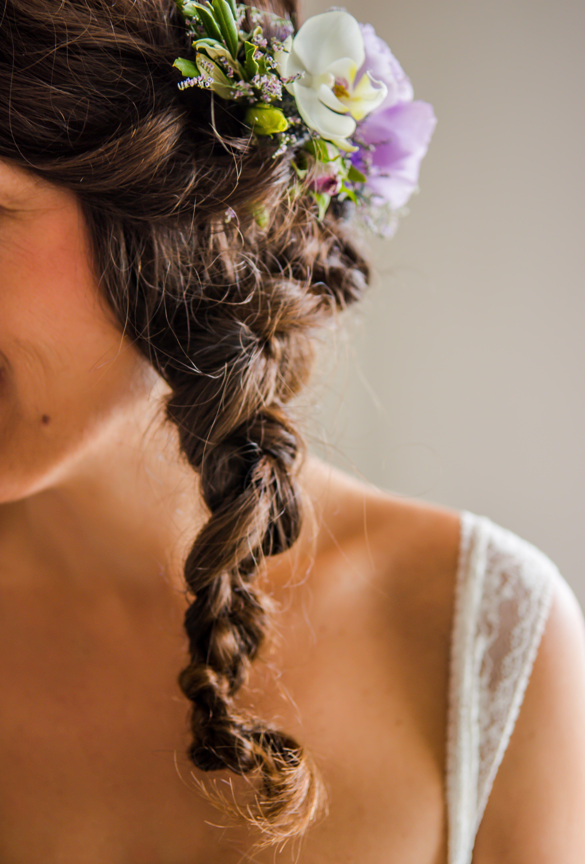 Precioso detalle para el cabello.  #menorcaevents #laiasegui #weddingplannerinmenorca #menorcainlove  Photo by: Menorca in Love