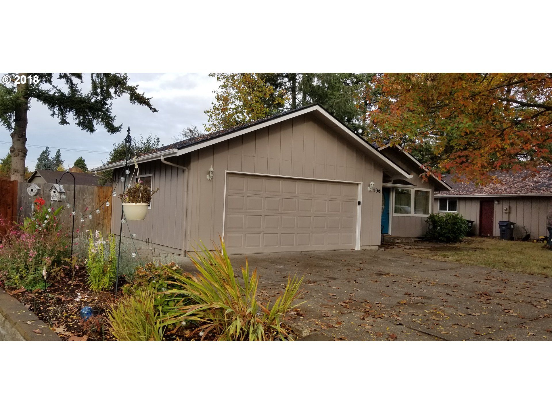 Open House Today 10 28 1 3pm 536 Kodiak St Eugene Or 97401 Real Estate Outdoor Structures Estate Sale