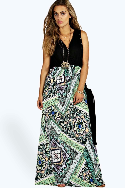 boohoo Plus Size Fashion , Mia Paisley Print Contrast Maxi Dress ...