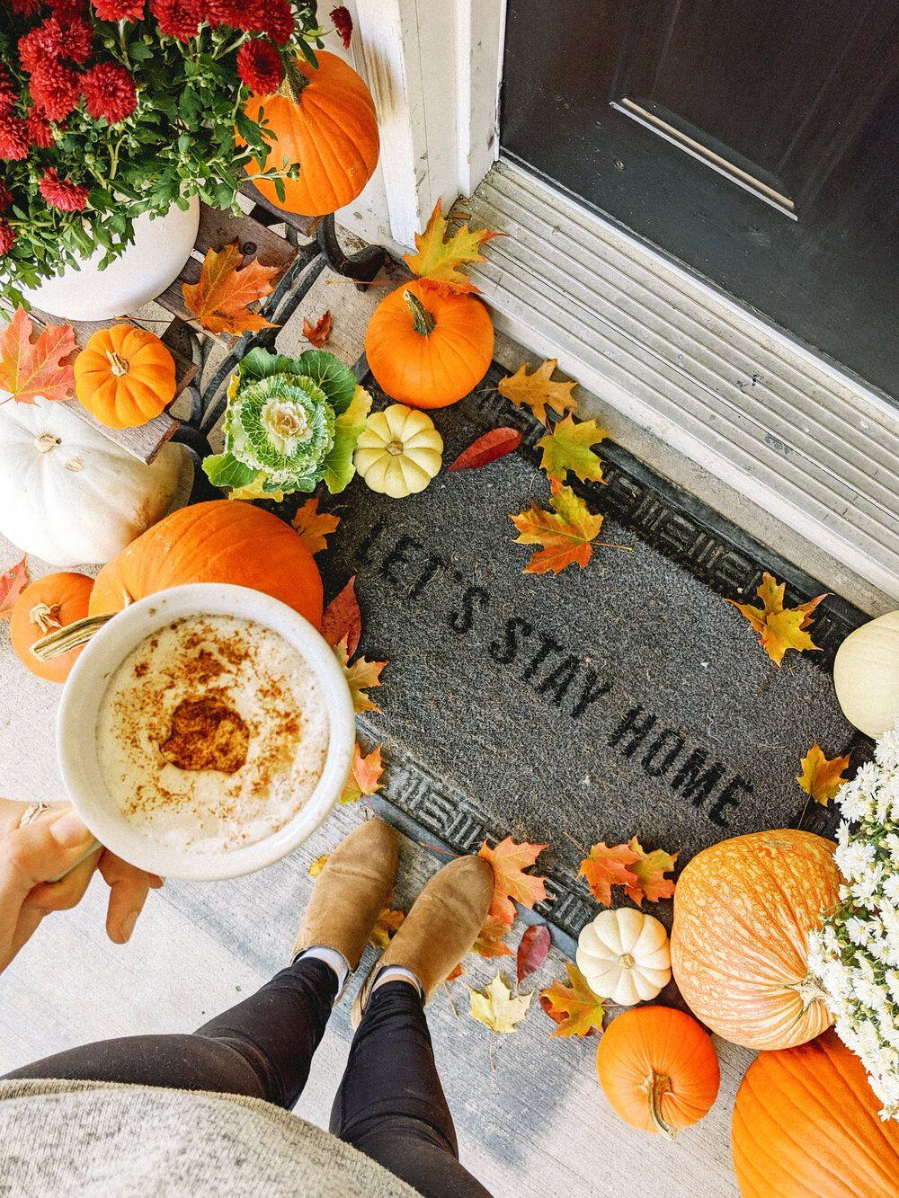 Fall Front Porch Decor Budget Farmhouse Makeover #fallfrontporchdecor
