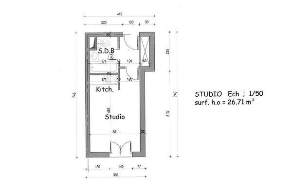 Plan avant  une kitchenette trop visible et une salle de bains sans - volume salle de bains