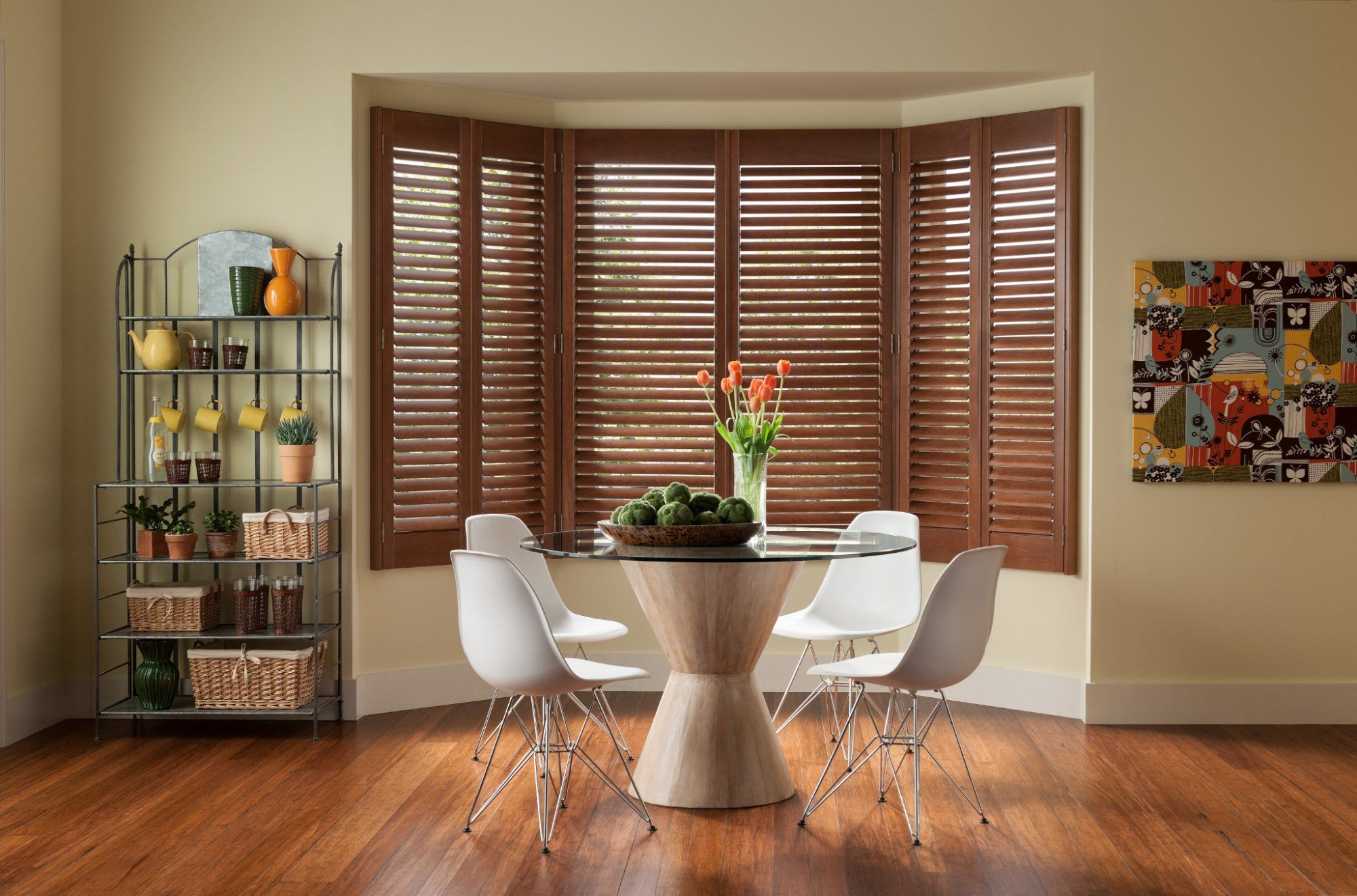 Don't these shutters just give off such cozy vibes? Love