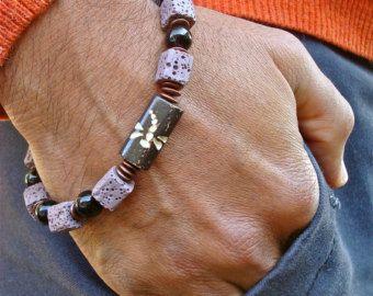 Artículos similares a Pulsera de amor protección espiritual, buena fortuna, de los hombres con Semi preciosas cornalinas, Hematites, mate Onyx, perla Bali - pulsera de hombre de amor en Etsy