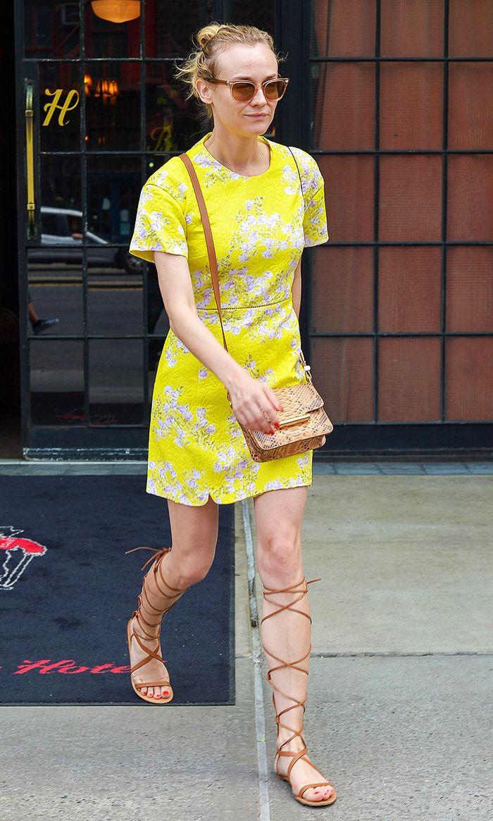 Resultado de imagen para celebs with yellow shoes