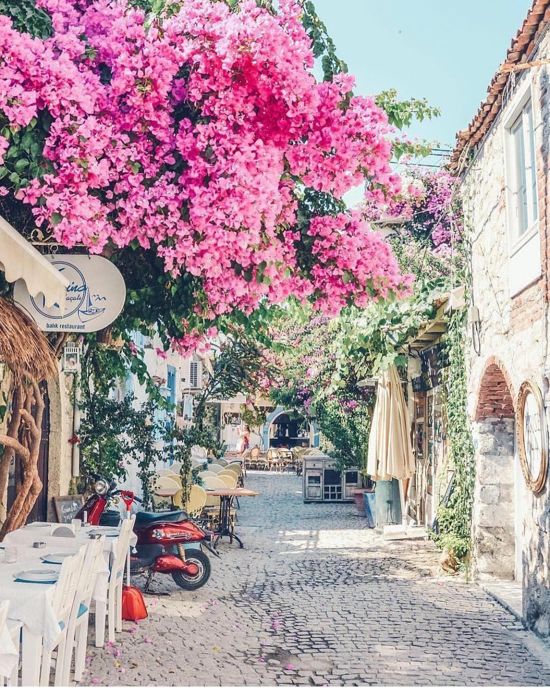 Alacati Turkey 🌺🌺🌺 Picture by izkiz . wonderful_places