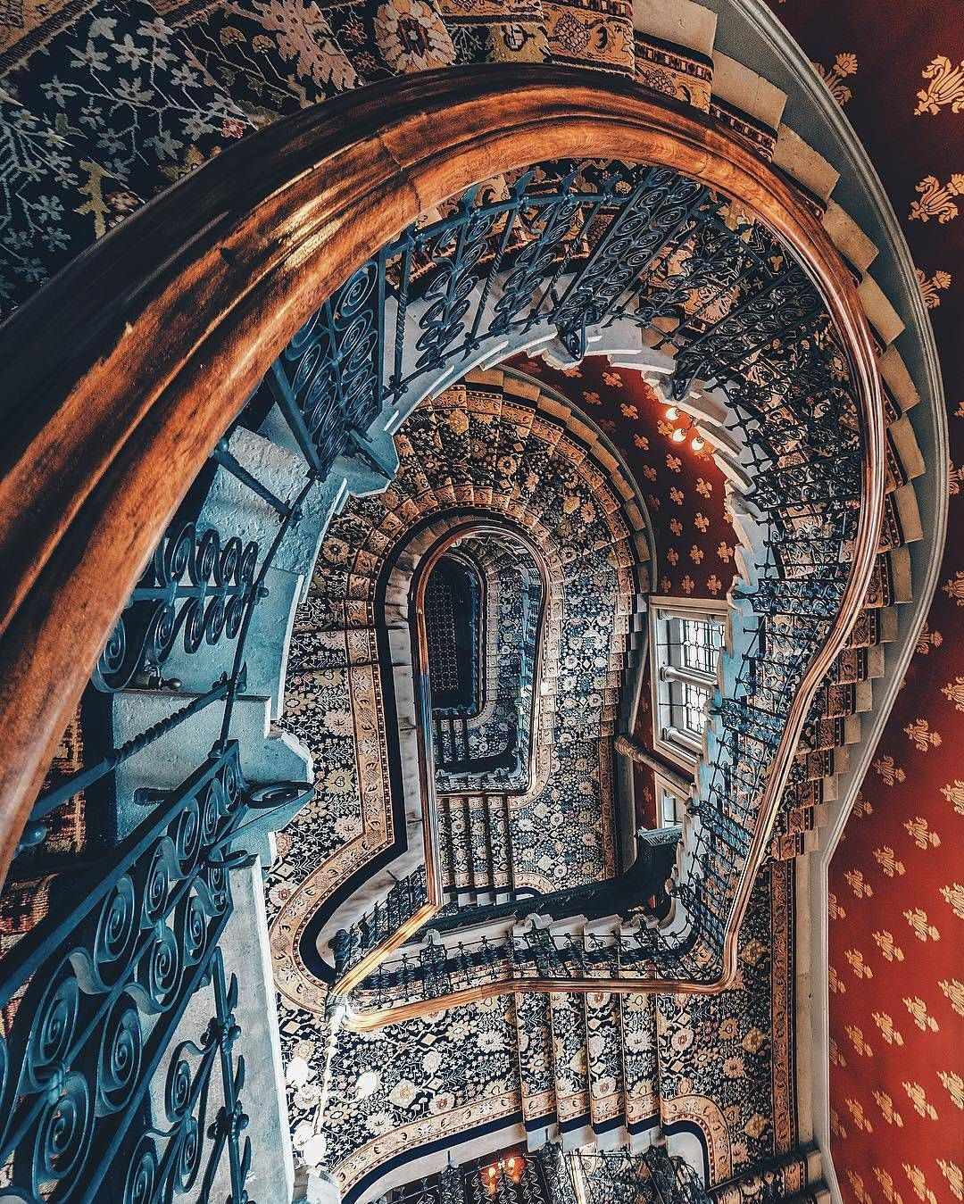 Instagram Beautiful Stairs Grand Staircase Renaissance Hotel