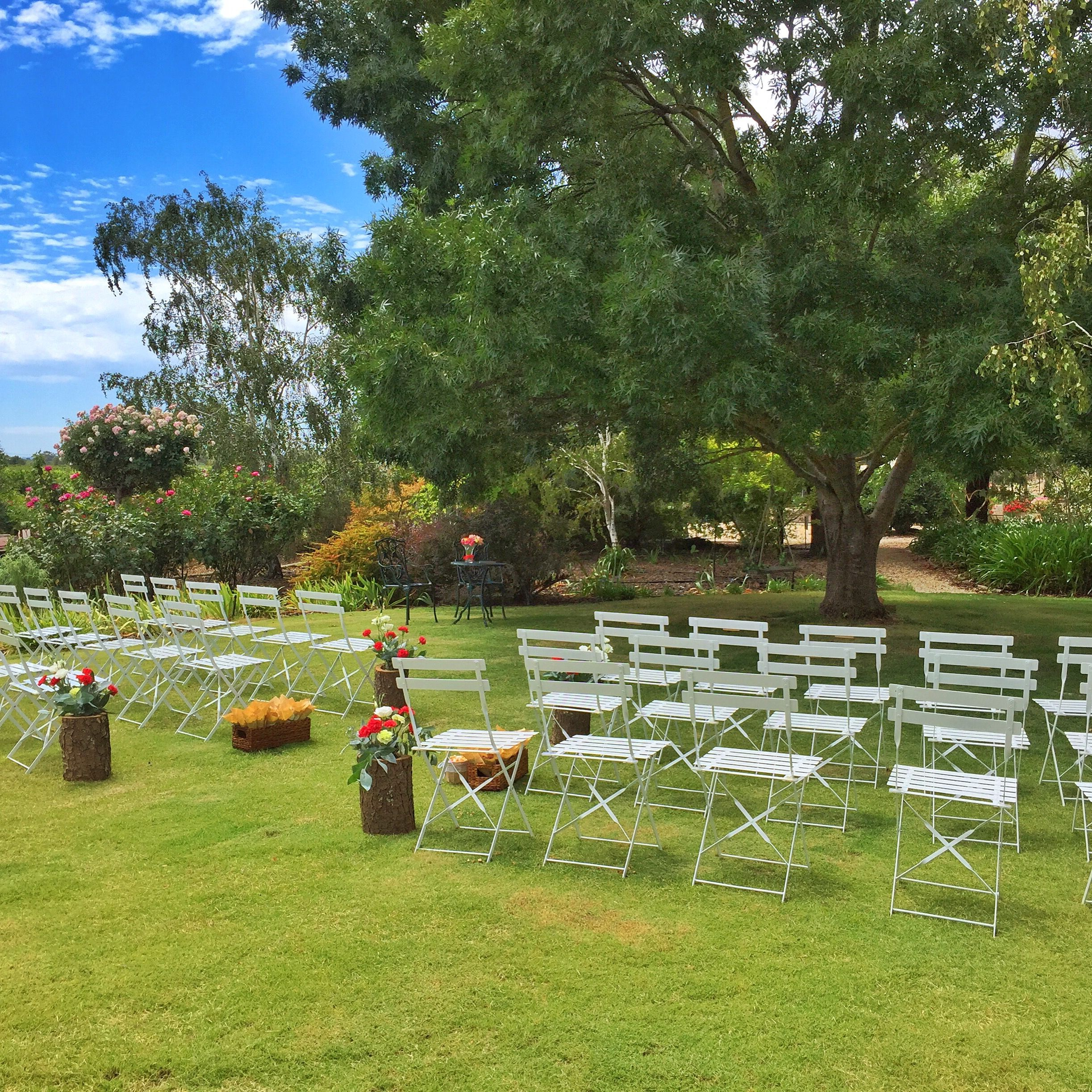 Simple and elegant set up for a wedding ceremony at Mulberry Lodge.