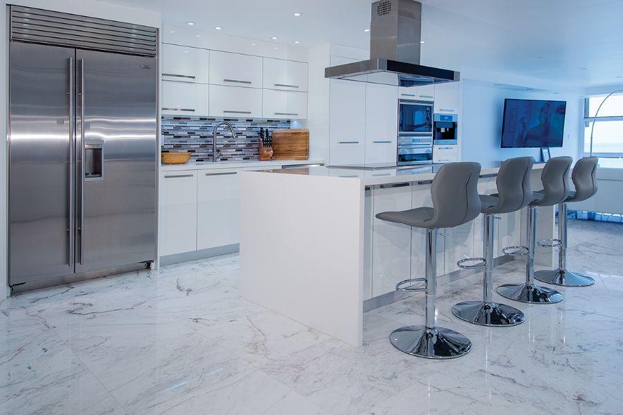 Arctic Snow Quartz kitchen countertop & White Himalaya Spider ...