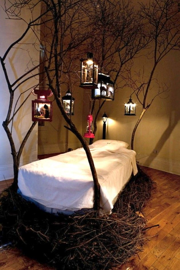 Bird's nest bed....very cool, but looks like it would be