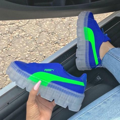 9fc7e6c1ce6584 Fenty x puma clear bottoms blue green