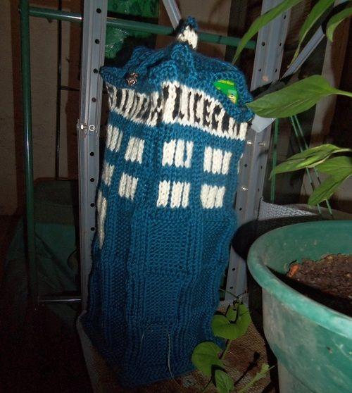 Arruniel's Garden - Boxy TARDIS Bag