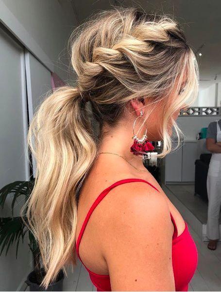 20 Cute and Easy Long Hairstyles for School - Topkerja.com
