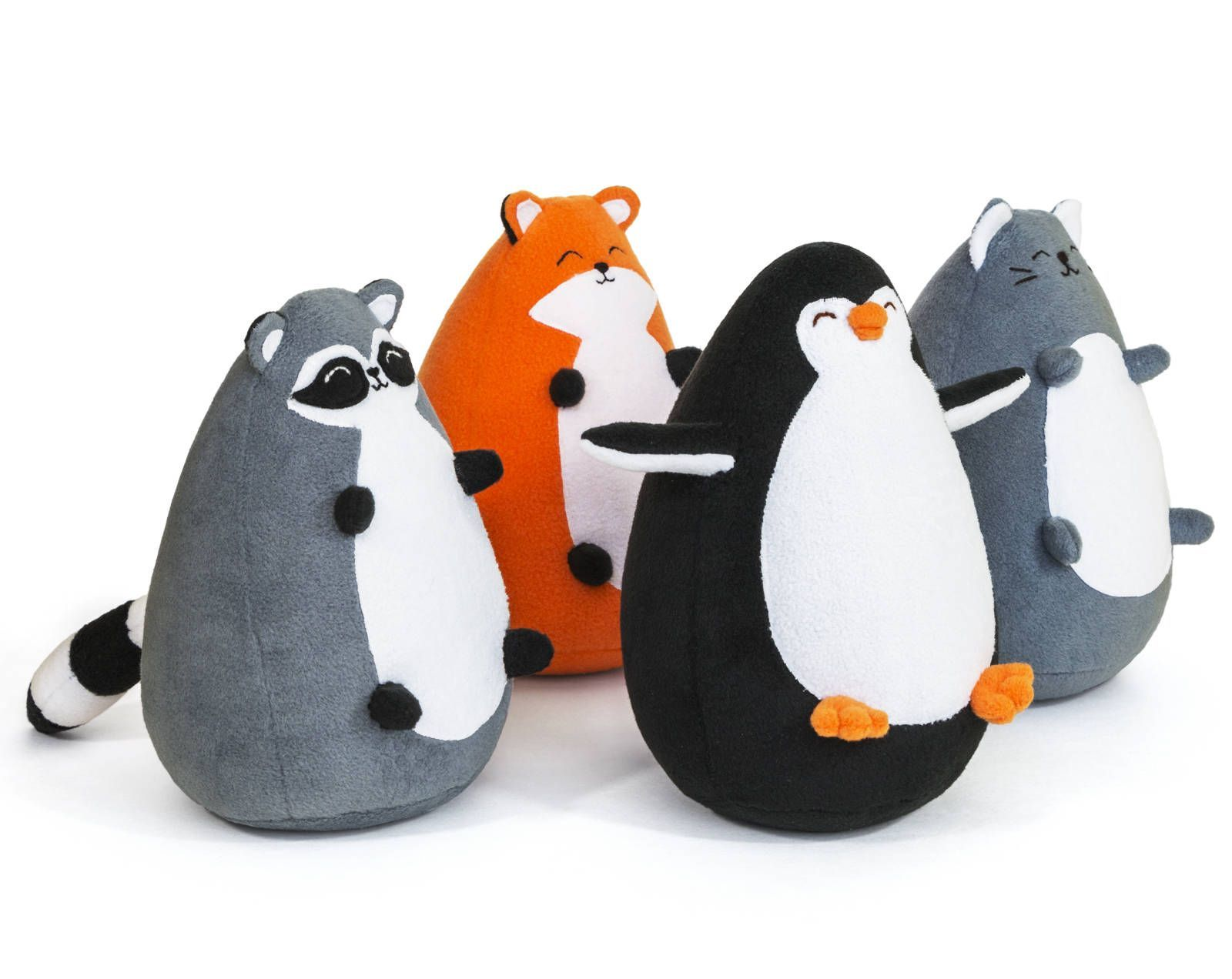 Sew a funny Fatty Raccoon according to this easy sewing pattern The