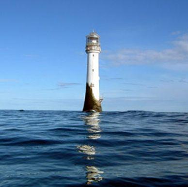 """Faro bell rock en el mar del norte, Escocia"""""""