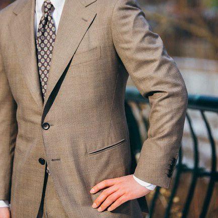 Eurotex privilege 140's Vintage fabric  suit . #menswear#mensfashion#mensdaily#bespoke#suit#doublebreasted#flannel#stirpe#atlier#Korea#Seoul#tailor#tailored#sartoria#Vanni#Vannibespoke#반니#비스포크#맨즈웨어#반니수트#수트#Eurotex#HongKong#HK#Singapore
