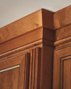 Shaker Crown Molding Diamond Lowes Product Decorative Touches Mouldings And Accents