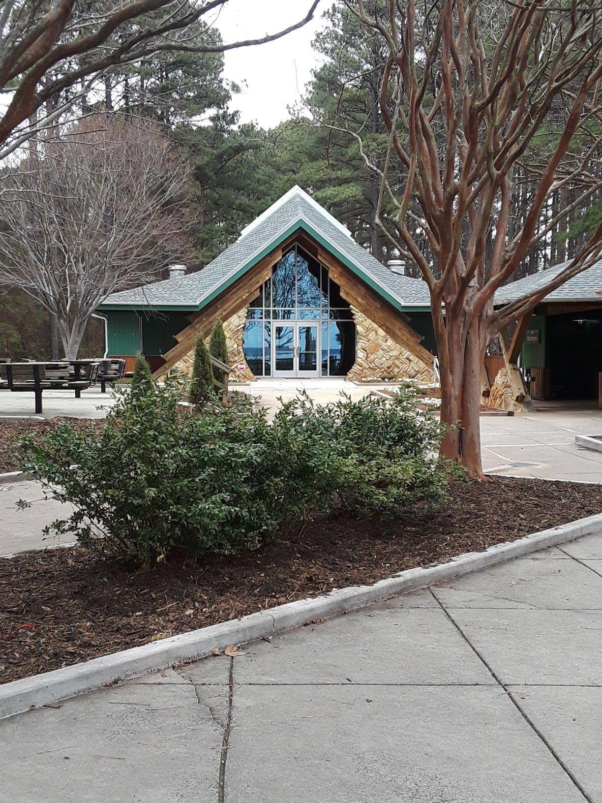 Reception Site Waterfront Hall Jetton Park Cornelius Nc Hgtv Wedding Bells