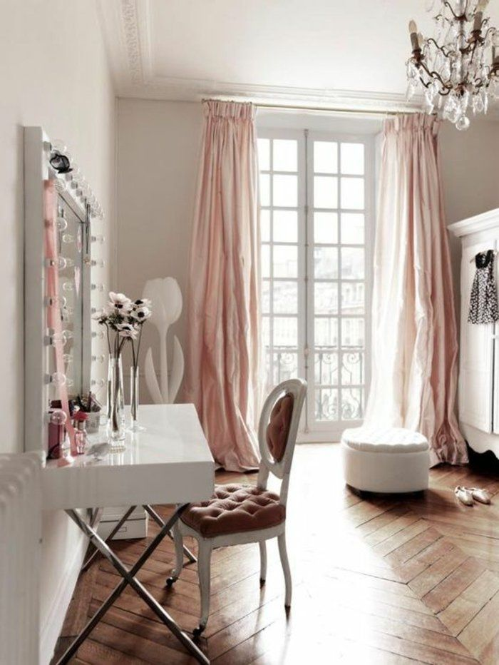 la deco chambre romantique 65 id es originales homestuff pinterest deco. Black Bedroom Furniture Sets. Home Design Ideas