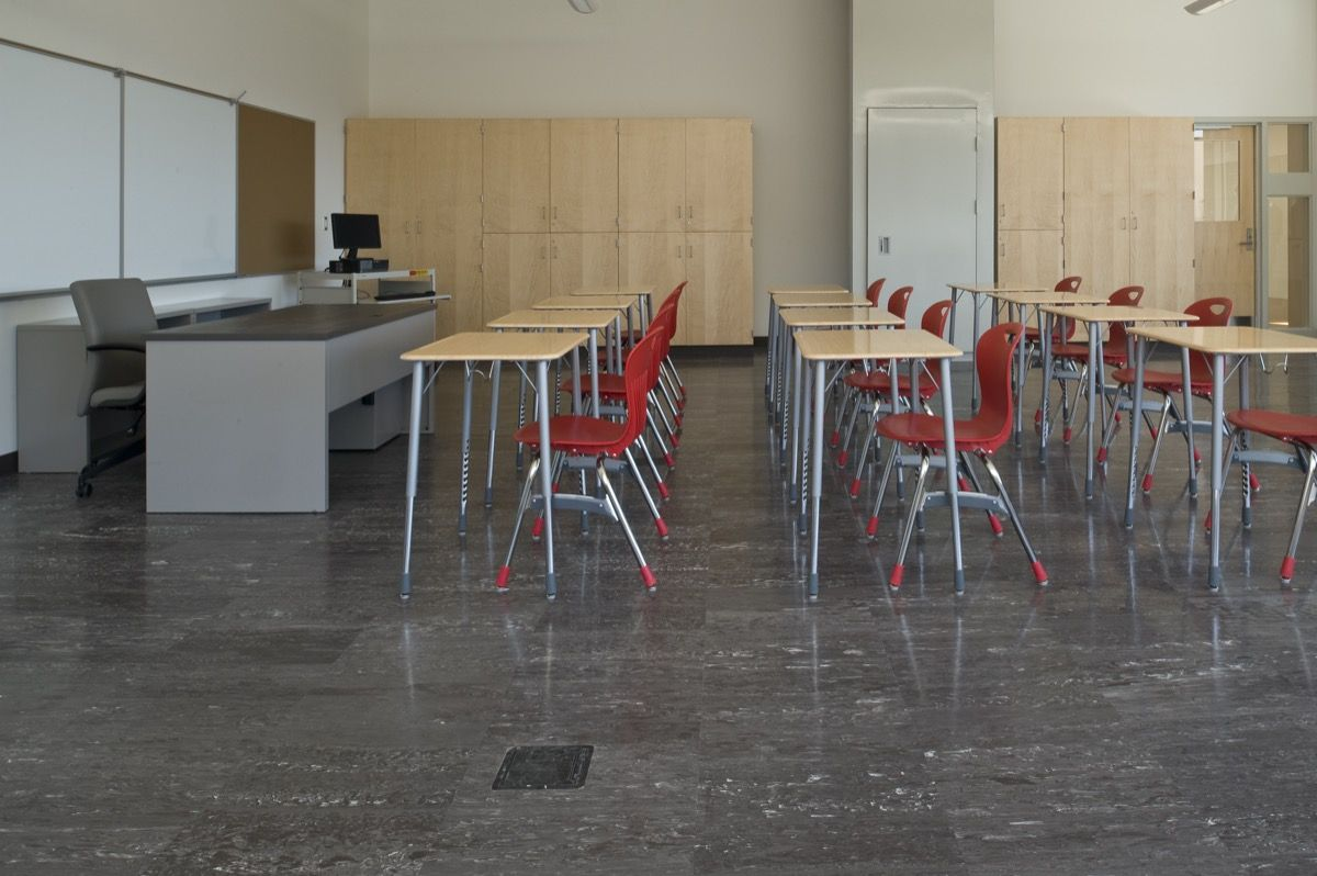 Best Roppe Smooth Marbleized Rubber Tile Maynard High School 400 x 300