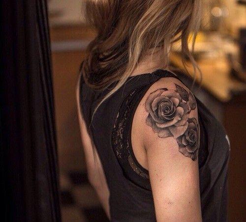 Des motifs et exemples de tatouages fleurs nature d couvrez des mod les magnifiques de - Tatouage epaule femme rose ...