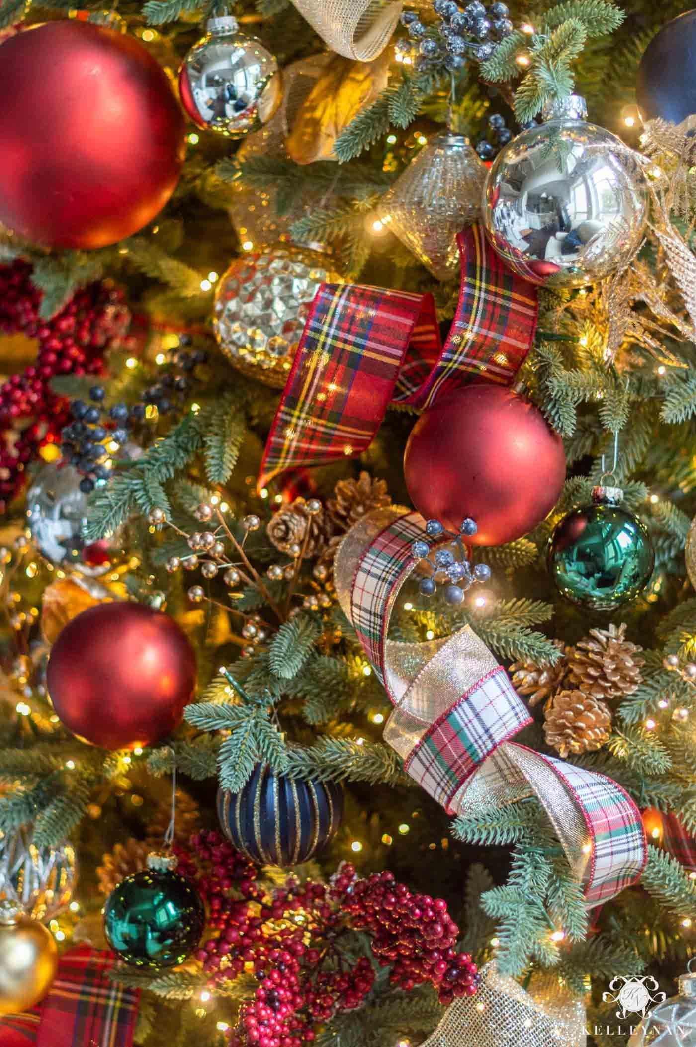 Tartan Plaid Themed Christmas Home Tour Tartan christmas