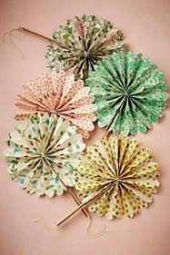 Flora Crinkle Fans (10)