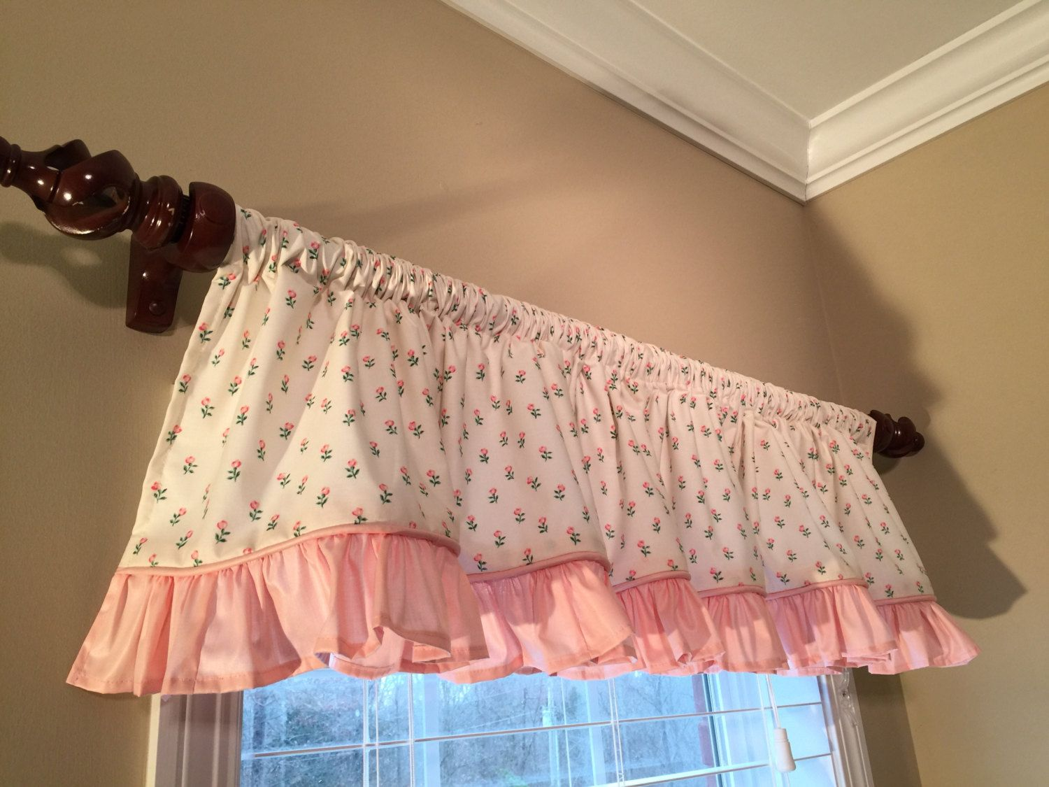 Shabby Chic Window Valance Vintage Waverly Ivory Fabric