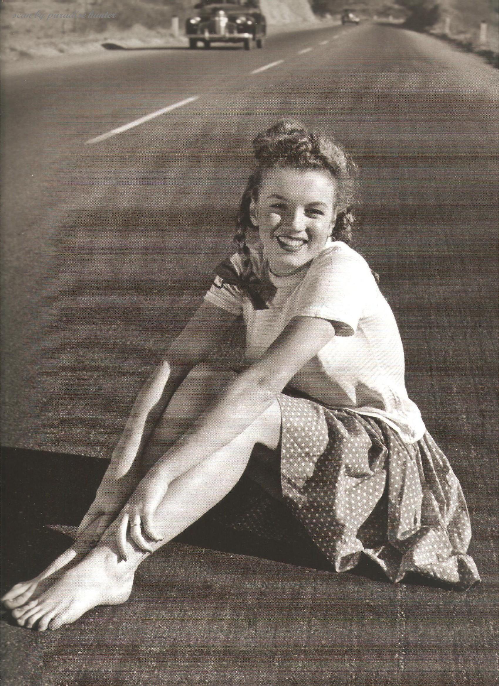 Marilyn Monroe by Andre De Dienes, 1945 Art marilyn