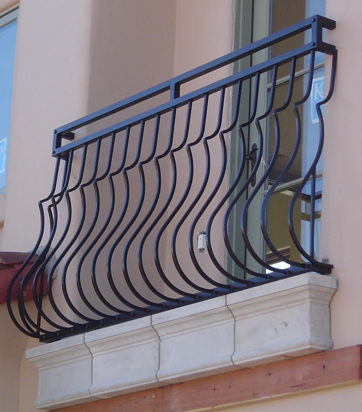 Curved balcony railing - black (With images) | Balcony ...